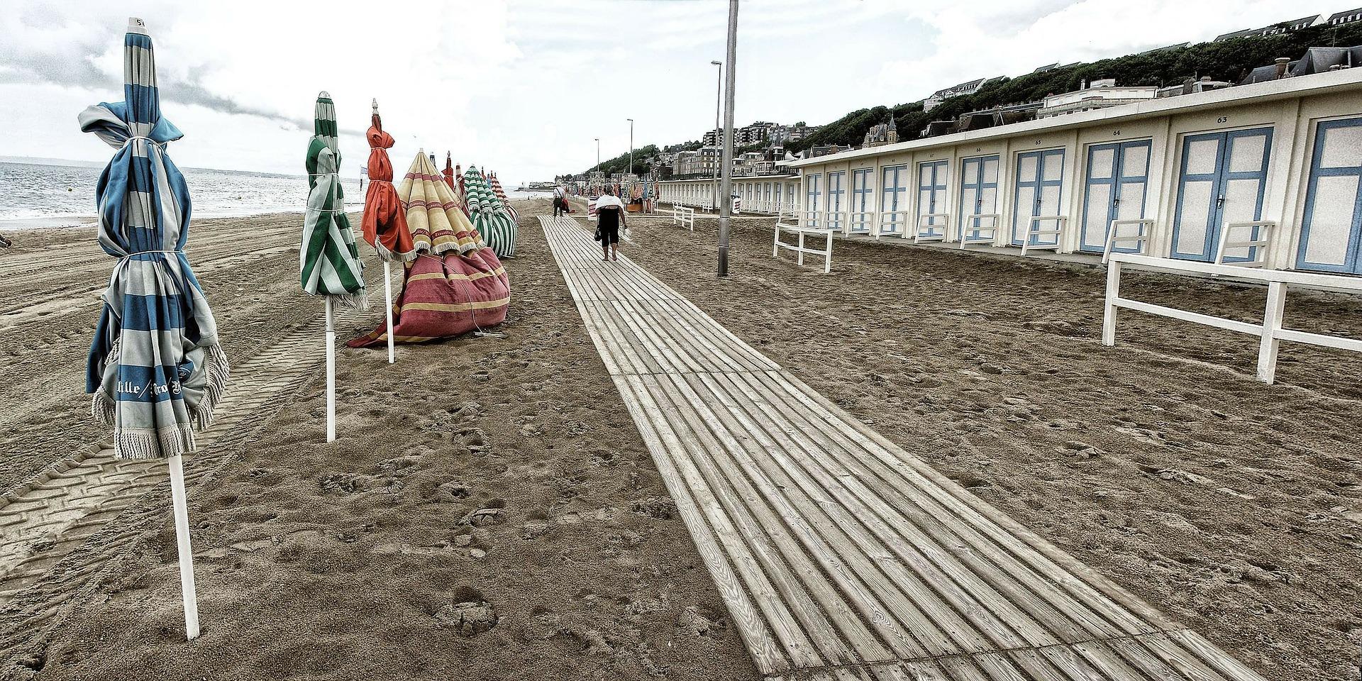 détour en Normandie les planches