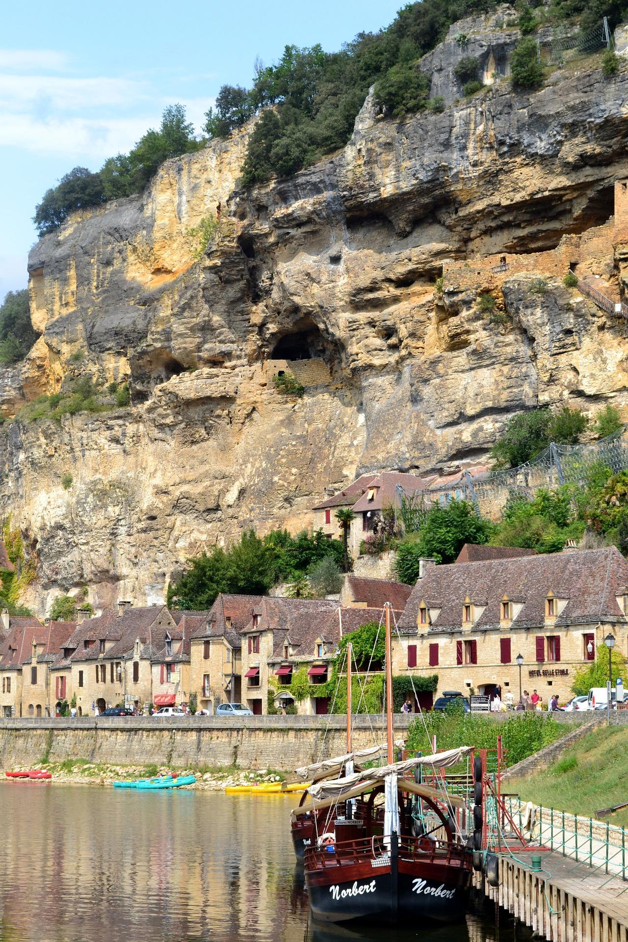 les aires de camping car en Dordogne